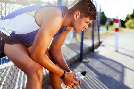 Runner Ausruhen nach Lauf