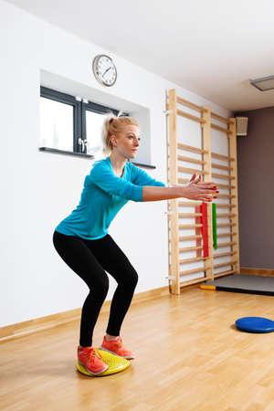 coordinacion: Joven, mujer, entrenamiento, equilibrio