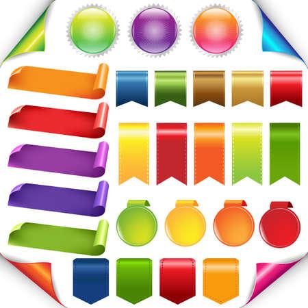 Rubans colorés et un ensemble d'étiquettes, Isolé Sur Fond Blanc, Vector Illustration