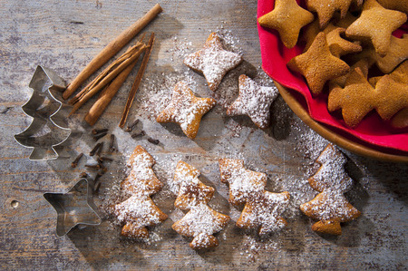 formers: Christmas homemade cookies, spiced with cinnamon and cloves