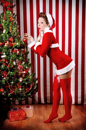 Natale Pin Up Girl Archivio Fotografico - 32135679