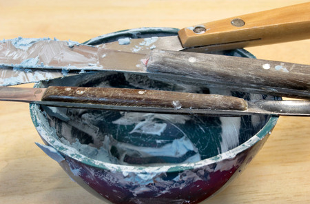 prothetic: plaster bowl for mould of teeth in plaster
