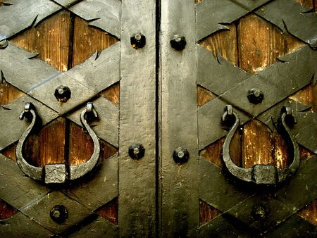 keyholes: image of ancient medieval