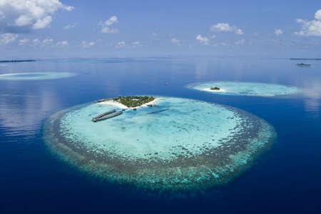 blue lagoon: Atolli della barriera corallina delle Maldive