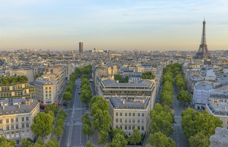 charles de gaulle: Eiffel Tower and Les Invalides as seen from the Arc de Triomphe
