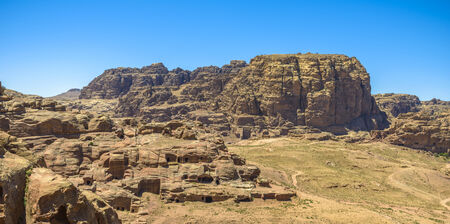 Mountains panorama in Petra in Jordan in a sunny day. Imagens