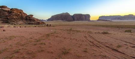 Panorama of a Sunset in Wadi Rum desert, Jordan Stockfoto