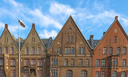 Oude gebouwen uit het begin van de 19e eeuw in Bergen, Noorwegen Stockfoto - 38759855