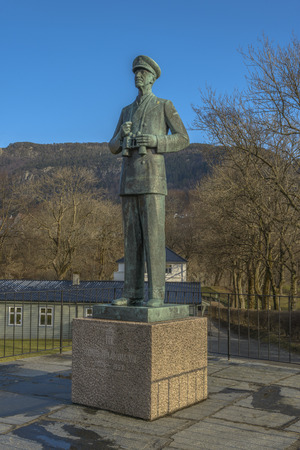 Statue of King Hakon VII of Norway, in Bergen, Norway. Redactioneel
