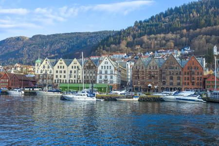 Bergen, Norway - February 14, 2015: historic buildings of Bryggen in the City of Bergen, Norway Redactioneel