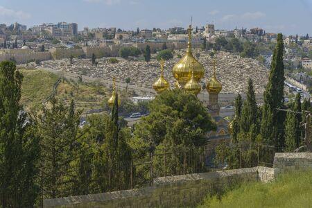 Russisch-orthodoxe kerk van Maria Magdalena op de Olijfberg in Jeruzalem, Israël Stockfoto - 80893672