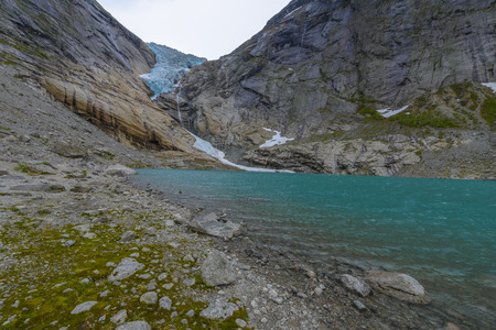 Glacier Briksdal in national park- calm view from the lake Stockfoto