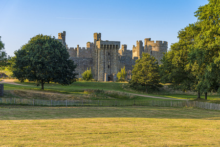 Historic Bodiam Castle and moat in East Sussex, England Stockfoto - 134815817