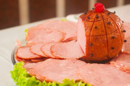 blackhead: Smoked Christimas Ham  Sliced with lettuce and blackhead