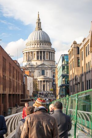 London, England - APRIL 2, 2019:St Paul Cathedral in London, UK 報道画像