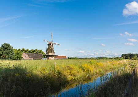 風車とオランダの夏の風景 写真素材 - 59961570