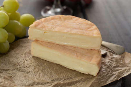 French soft strong smelling cheese Munster from Alsace close up Banque d'images