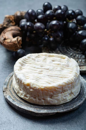 French soft Camembert cheese, original Camembert de Normandie, close up Banque d'images - 114860679