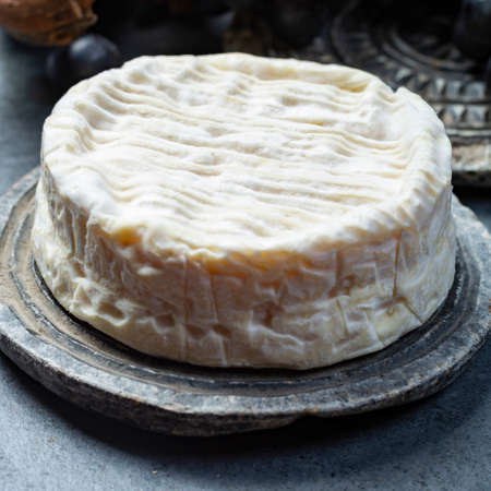 French soft Camembert cheese, original Camembert de Normandie, close up Stockfoto