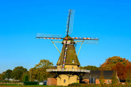 View on traditional Dutch wind mill in Oerle, North-Brabant, Netherlands Stockfoto