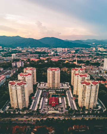 Symmetrical apartments