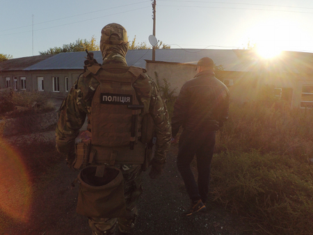 A photo of investigative actions with the participation of the special unit of the police of Ukraine.