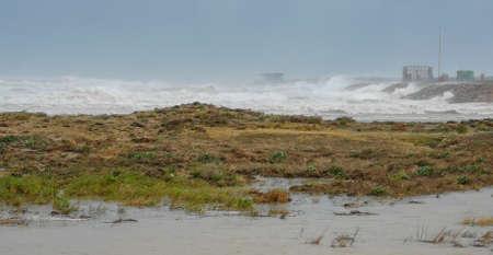 Puerto De Sagunto, Spain 20/01/2020: Heavy waves after the stormy Gloria Stockfoto - 138199637
