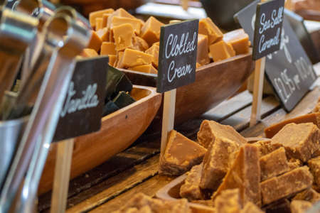 Traditional British Fudge on sale at a confectionary stall in London's Borough Market, UK Stock fotó