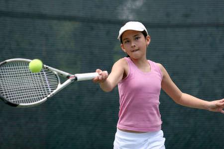 jugando tenis: Chica jugando tenis  Foto de archivo