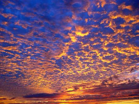 Beautiful sunset over the ocean Stock Photo - 347279