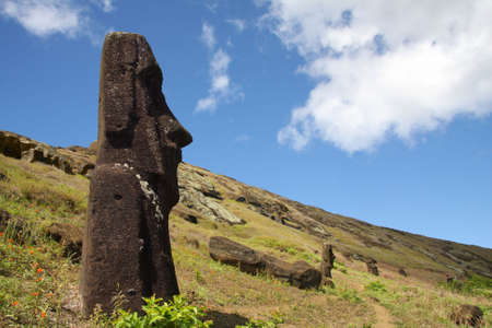 Stone statues moai standing on the hill on Easter Island Stockfoto