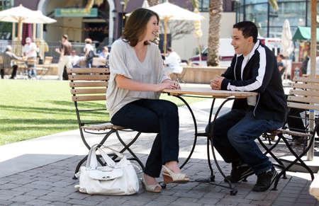 socializando: Mayor adolescentes tengan un buen tiempo en una ciudad