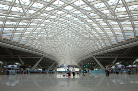 railroad station: GUANGZHOU, CHINA - SEPTEMBER 29: Guangzhou South Railway Station for high-speed trains on September 29, 2010. Station operates 32 trains daily, has 28 platforms, serves 200000 passengers per day.