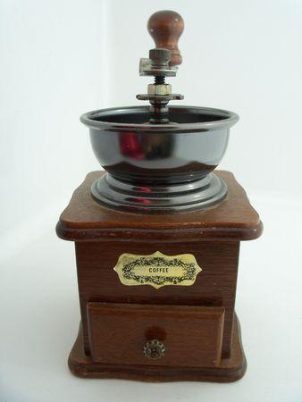 hand crank: Una mano tradicional manivela molino de caf�  Foto de archivo