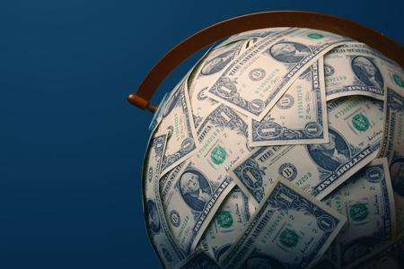 Globe couvert en dollars américains. Banque d'images - 94426946