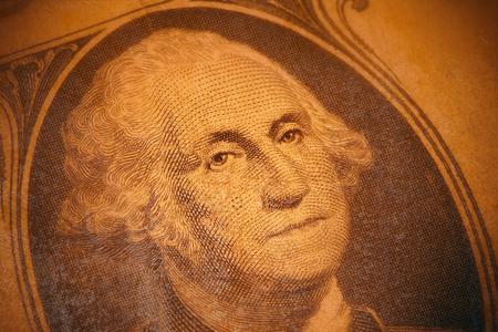 우리 1 달러 빌, 가장자리, 오래 된 적 층에 소프트 포커스의 세부 사항.