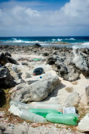 Garbage washed ashore. Фото со стока
