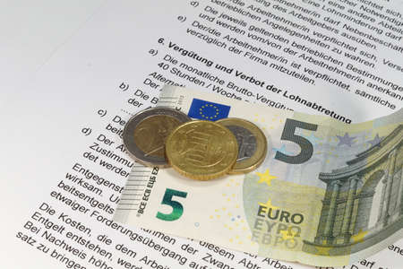 minimum wage: Salario M�nimo Nacional de Empleo