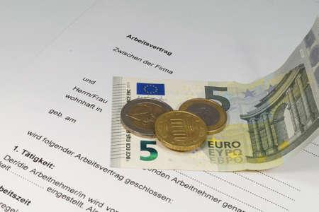 Salaire minimum national pour l'emploi Banque d'images - 43432741
