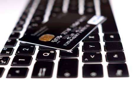 신용 카드 및 노트북