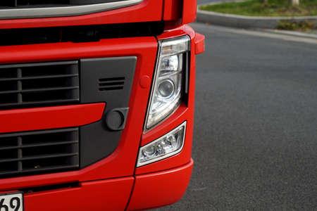 빨간 트럭