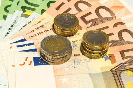 purchasing power: Cash Euro coins