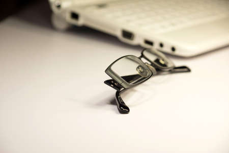 databank: Computer and glasses