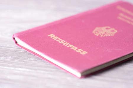 Un passeport allemand Banque d'images - 71869842