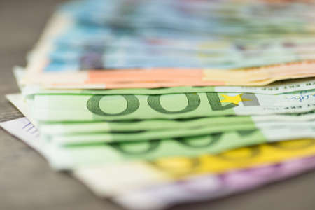 indebtedness: Euro money on the table