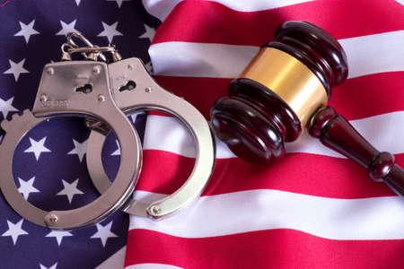 Seducer`s hammer, handcuffs and american flag Фото со стока - 82497813
