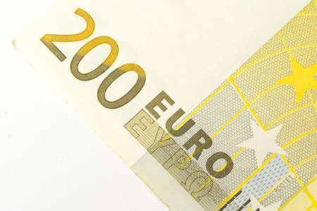 contaduria: Una nota de 200 euros