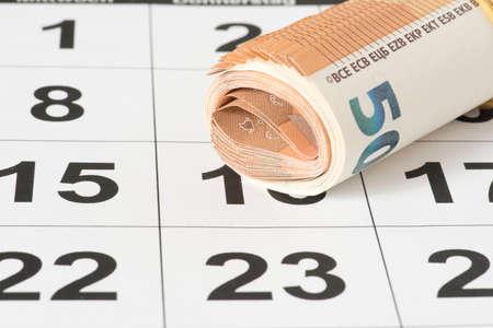 A calendar and euro bills Banque d'images