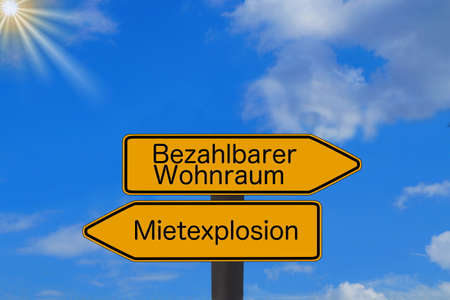 Two directional arrows indicate Mietexplosion and affordable housing Stok Fotoğraf
