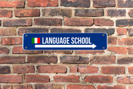 A sign on the wall indicates the Italian language school